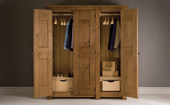 dressing ou armoire best luarmoire dressing ou le dressing placard with dressing ou armoire. Black Bedroom Furniture Sets. Home Design Ideas
