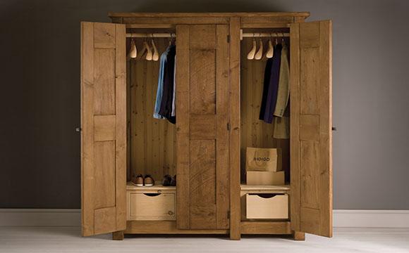 L'armoire dressing ou le dressing placard