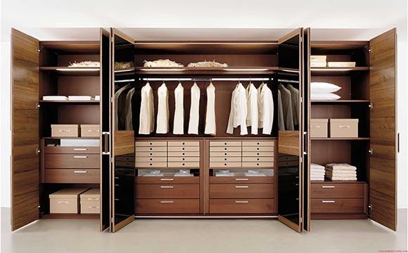 Les armoires du dressing