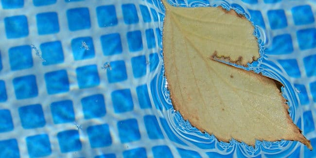 10 Astuces pour un hivernage de piscine réussi