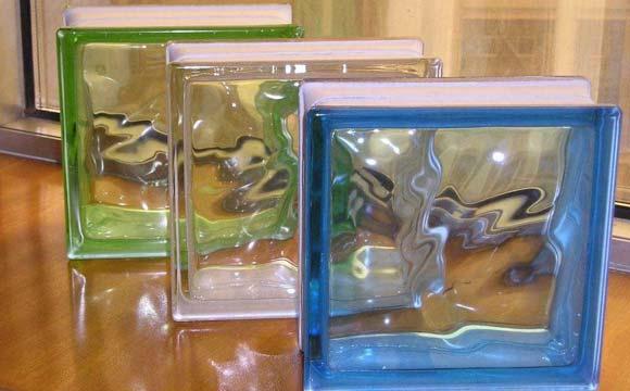 brique de verre pour salle de bain : plusieurs types