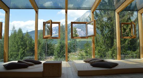 Le châssis de fenêtre en bois, le classique