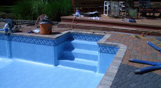 Comment réparer un défaut d'étanchéité d'une piscine