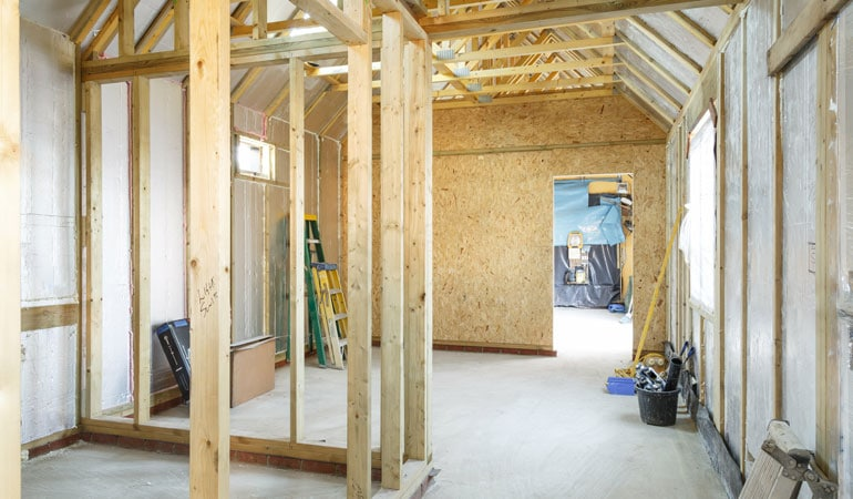 Construction d'une extension en bois : Coût de la main-d'oeuvre