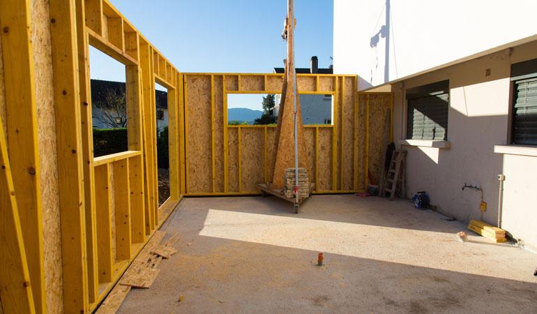Construction d'une extension de maison : L'intervention d'un professionnel