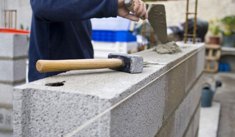 Construction d'un mur : L'intervention d'un professionnel