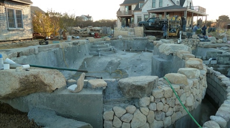 La construction d'une piscine naturelle