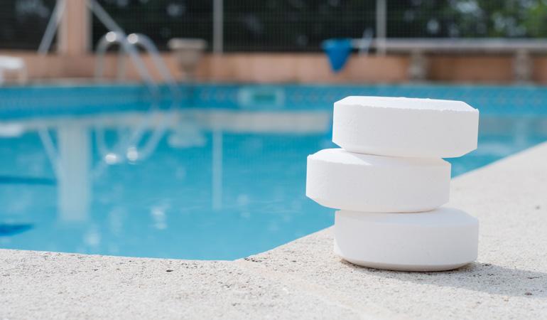 Les coûts annexes à la construction d'une piscine enterrée
