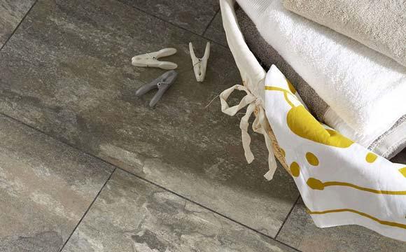 Dalles, rouleaux ou lames pour son sol PVC ? 2