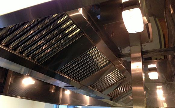 D graissage de hotte conseils et estimations de tarif - Degraissage hotte cuisine professionnel ...
