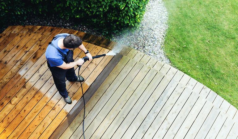 Entretien d'une terrasse bois