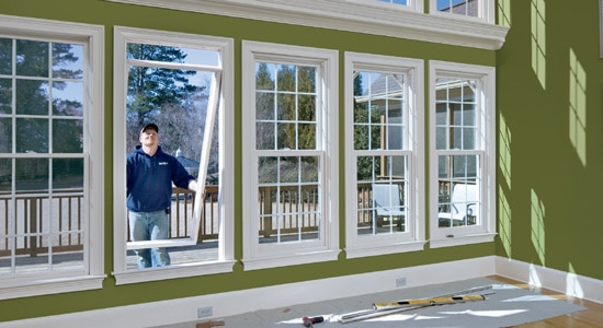 Doit-on faire appel à un professionnel pour sécuriser ses fenêtres