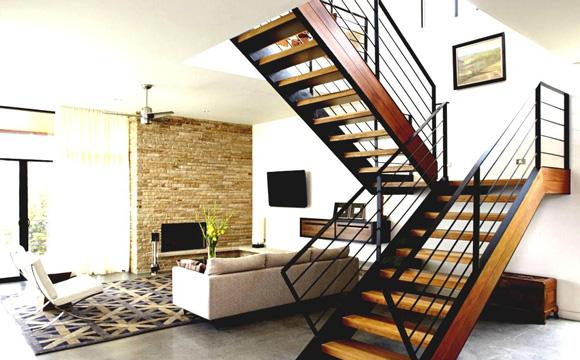 Quelle forme pour un escalier dans le salon ?