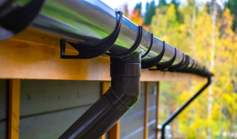 Gouttières PVC avec choix de coloris moderne