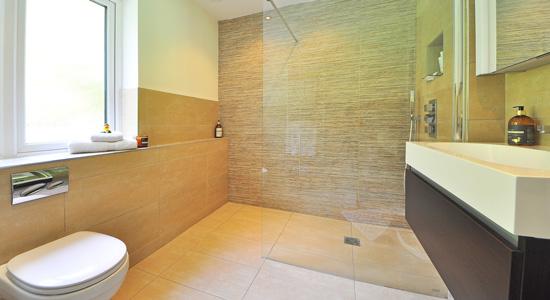 Quelques idées pour le revêtement de sol d'une salle de bain