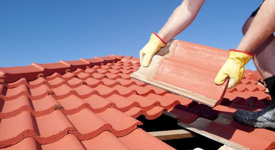 Faire inspecter et réparer la toiture
