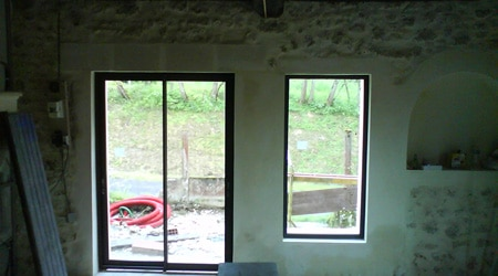 L'installation d'une baie vitrée fixe