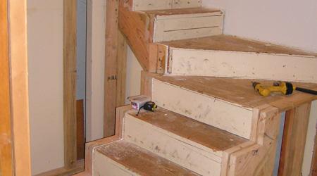 La construction d'un escalier bois