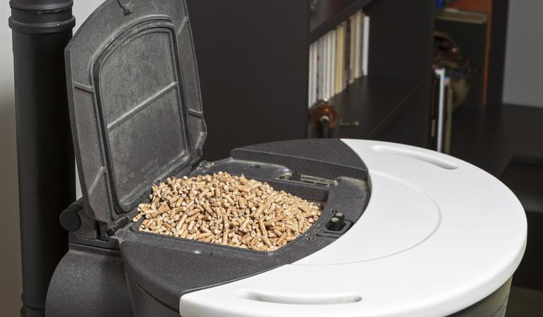 Installation d'un poêle à granulés : L'intervention d'un professionnel