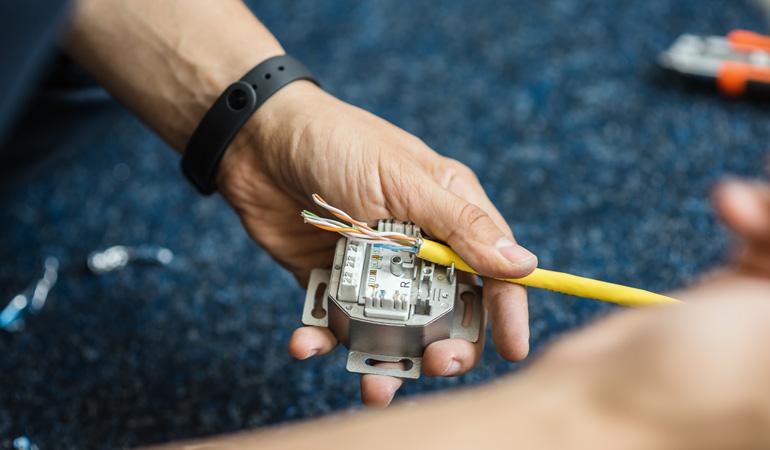 Installation d'une prise de téléphone : L'intervention d'un professionnel