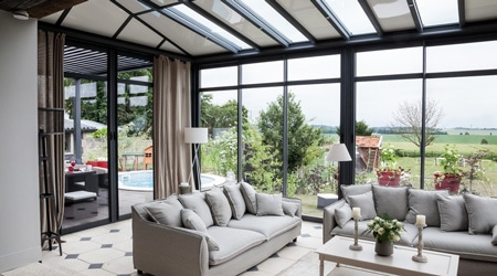 prix d 39 une v randa en alu tarif moyen co t de construction. Black Bedroom Furniture Sets. Home Design Ideas