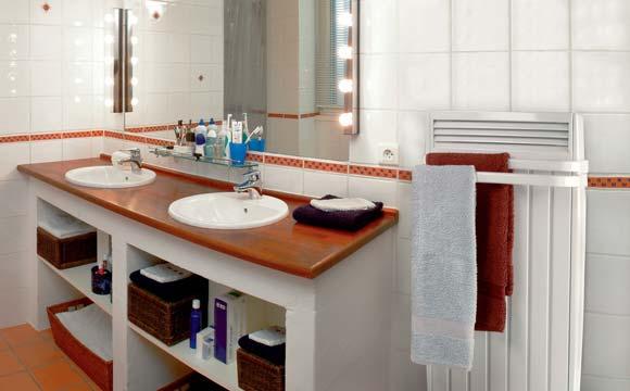 Quel radiateur lectrique installer dans ma salle de bain for Chauffer salle de bain