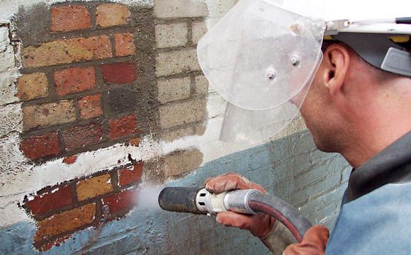 Le nettoyage de façade : le premier pas