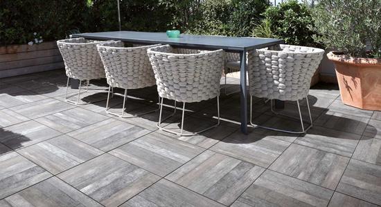 Existe-il des normes pour le carrelage pour terrasse ?