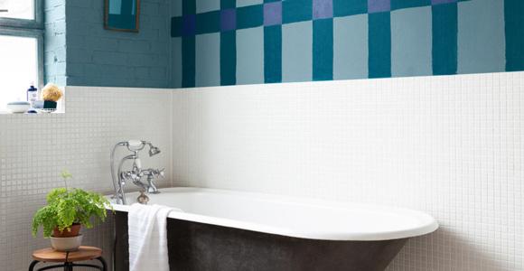 peindre le carrelage d 39 une salle de bain conseils et astuces. Black Bedroom Furniture Sets. Home Design Ideas