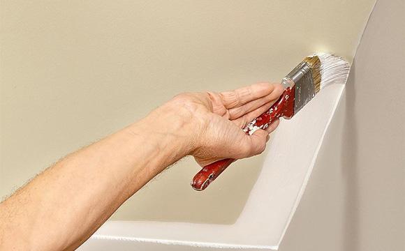 Doit-on opter pour une peinture spéciale plafond
