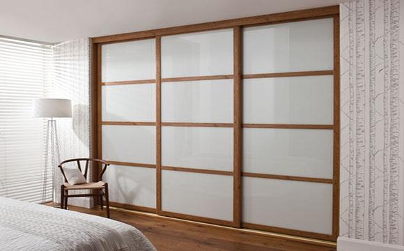 porte coulissante pour chambre guide pratique et tarifs. Black Bedroom Furniture Sets. Home Design Ideas