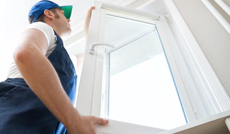 Pose d'une fenêtre : L'intervention d'un professionnel