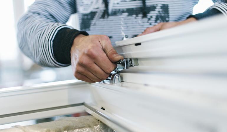 Pose d'une fenêtre PVC : Coût de la main d'œuvre