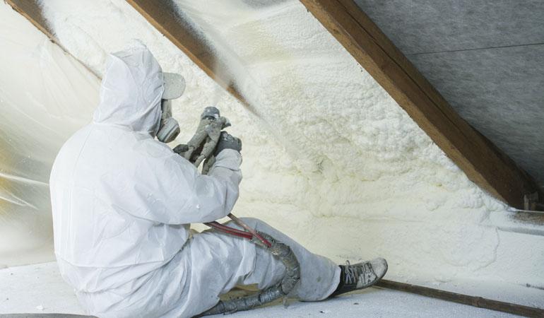 Pose d'une isolation de toiture : Coût de la main-d'oeuvre
