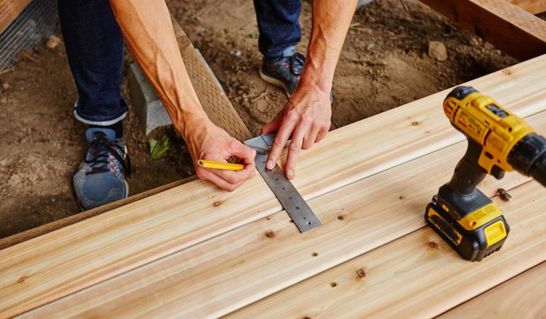 Pose d'une terrasse bois : Coût de la main d'oeuvre