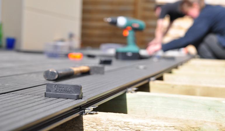 Pose d'une terrasse composite : Coût de la main-d'œuvre