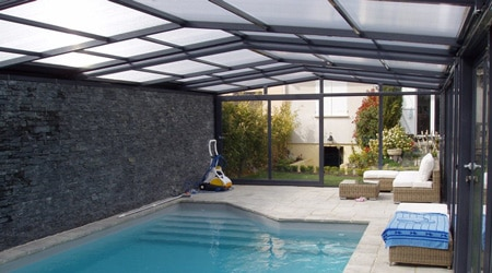 Prix d 39 un abri de piscine tarif moyen co t d 39 installation for Cout installation piscine