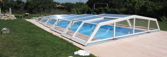 Prix d 39 un abri de piscine co t moyen tarif de pose for Pieces detachees pour abri de piscine