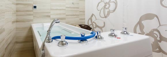 Prix d 39 une baignoire baln o co t moyen tarif de pose for Prix moyen assainissement individuel