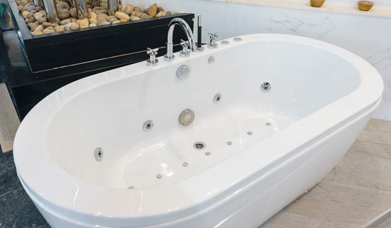 Prix d'une baignoire balnéo