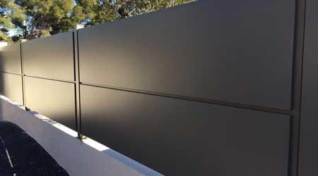 Prix d 39 une cl ture en aluminium co t moyen tarif de pose for Cloture maison aluminium