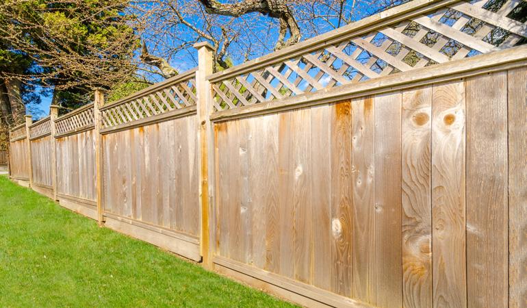 Prix d'une clôture bois