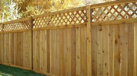 Prix d'une clôture bois en panneaux