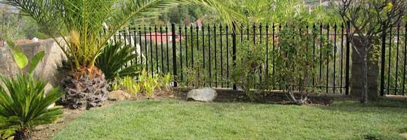 travée de clôture fer
