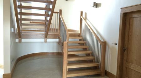Prix d'un escalier bois en chêne ou hêtre