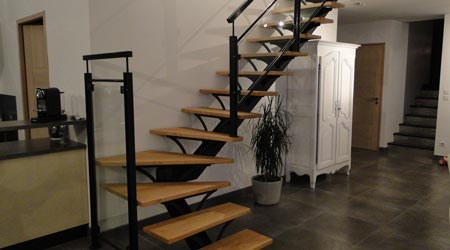 comment carreler un escalier tournant stunning refaire le carrelage dans les escaliers with. Black Bedroom Furniture Sets. Home Design Ideas