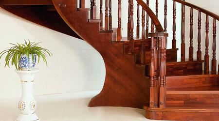 Prix d'un escalier sur mesure en bois