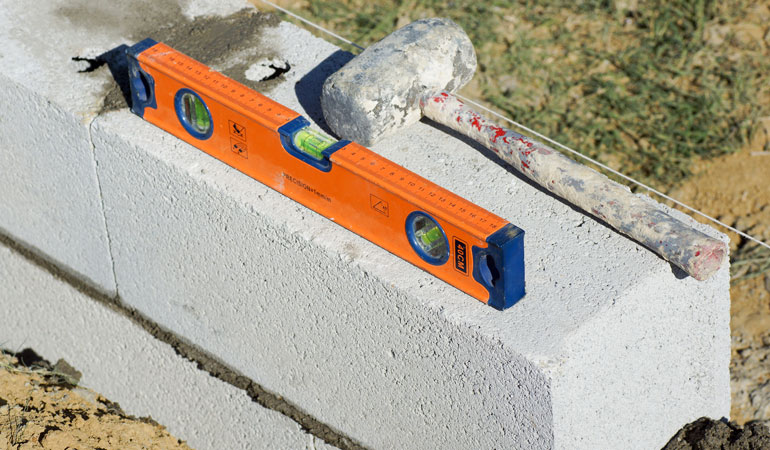 Prix d'un mur en parpaing creux de 20x15cm