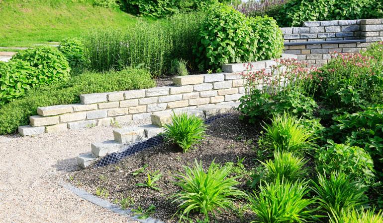 Prix d'un mur en pierre de taille