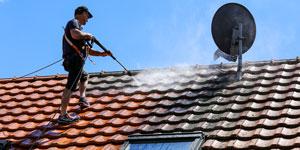 Prix d'un nettoyage de toiture